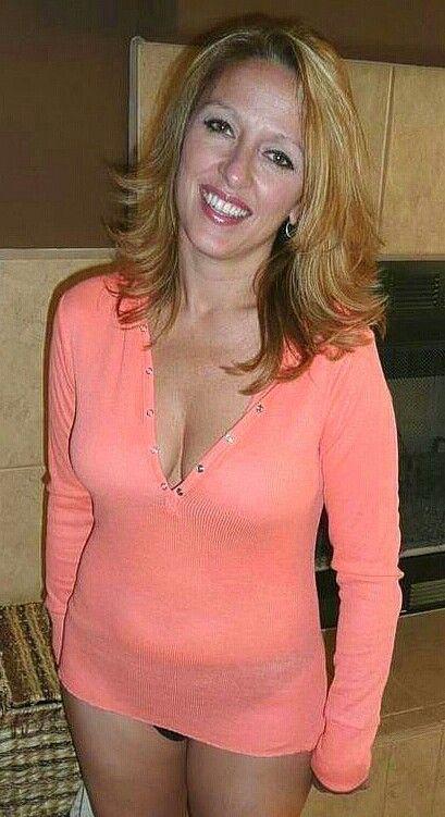 Amateur sexy mature women