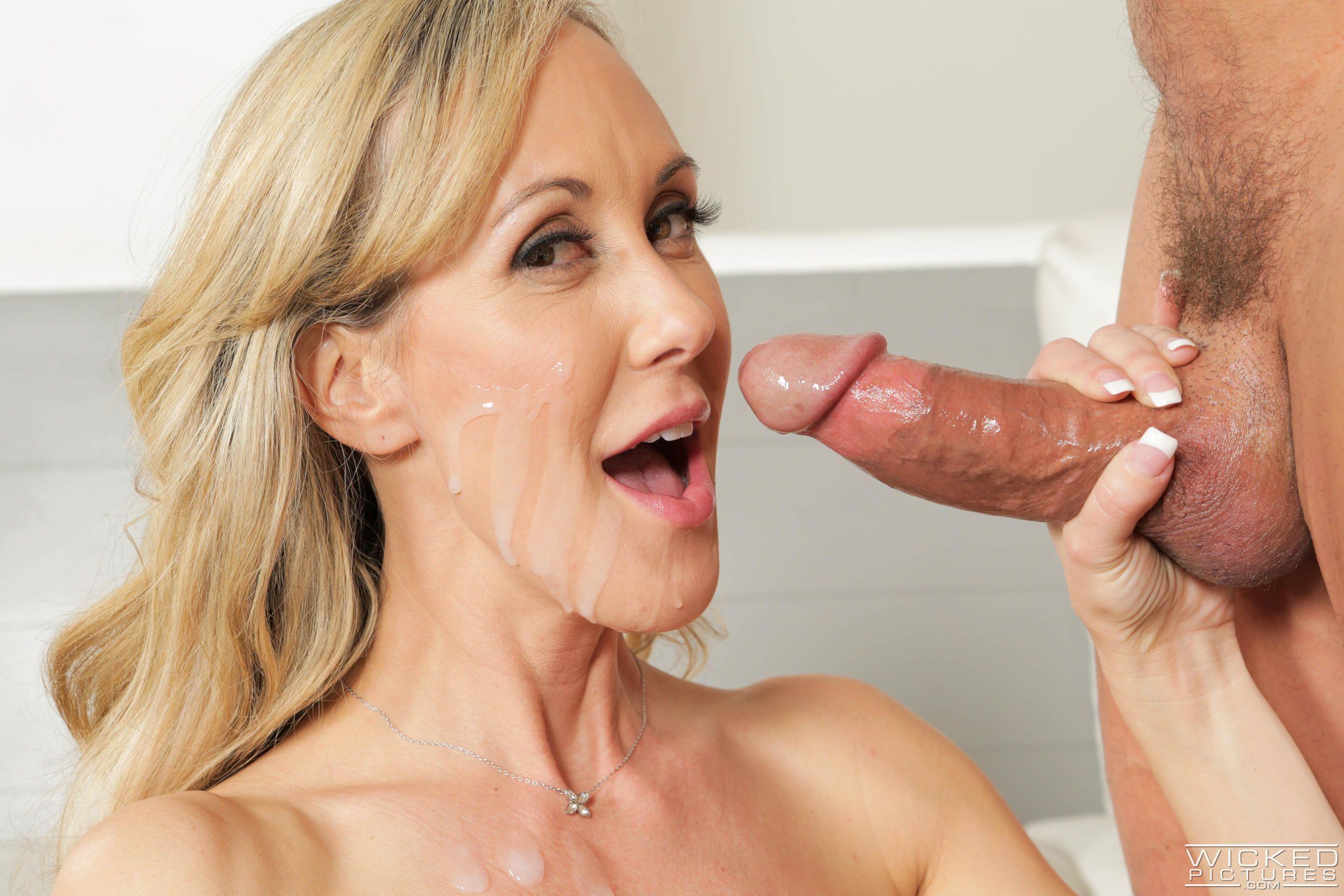 Brandi love cumshot porno