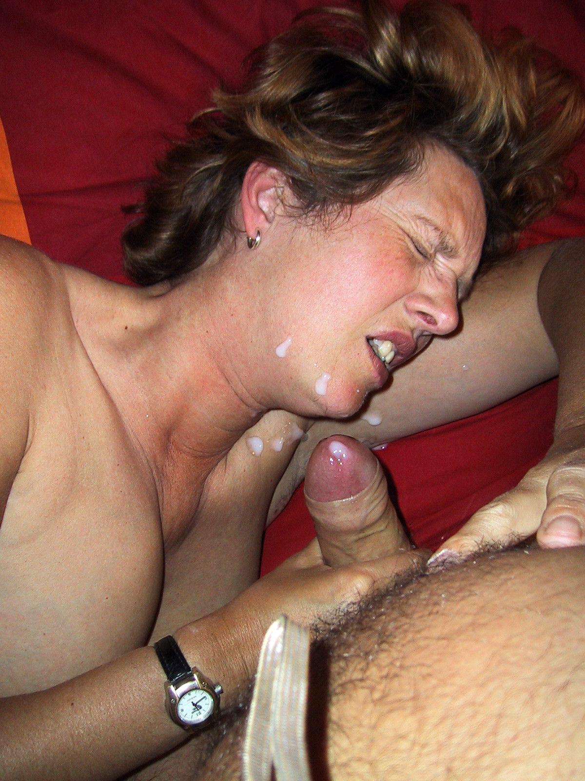 Mature amateur wife cum shot