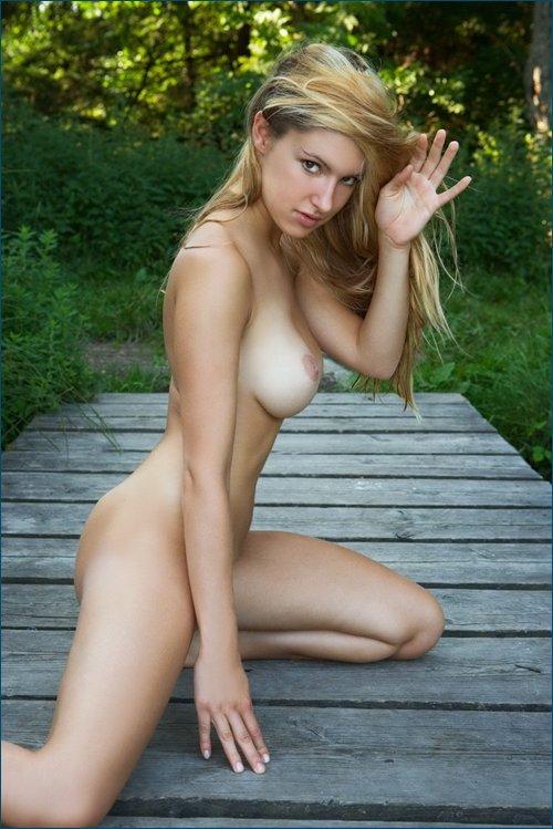 Arielle daniela roesch nude