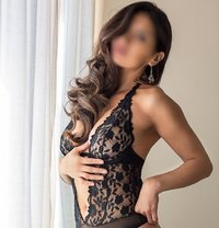 Asian escorts in madrid