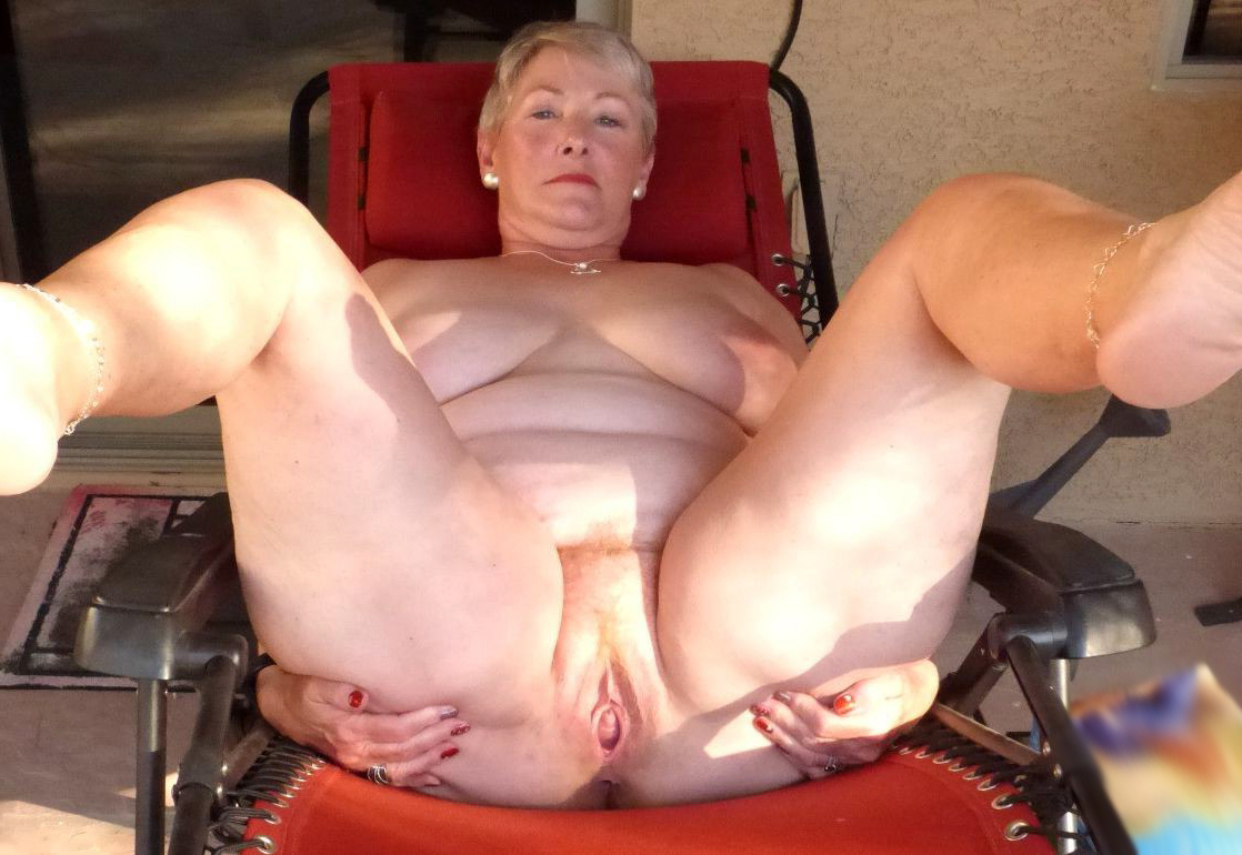 Free chubby granny galleries