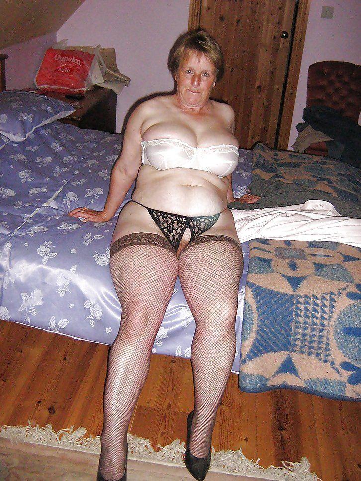 Hot sexy grandma free porn