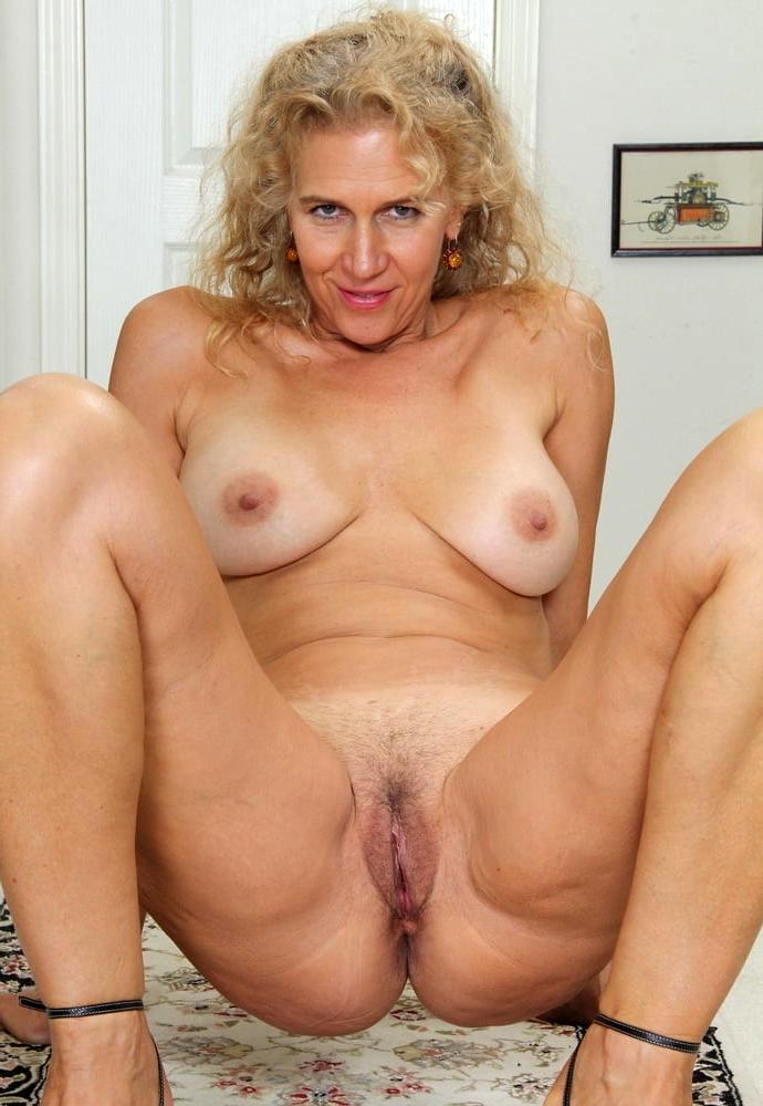 Classic mature sex pics