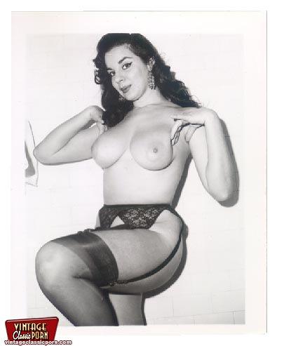 Vintage nude girl stocking