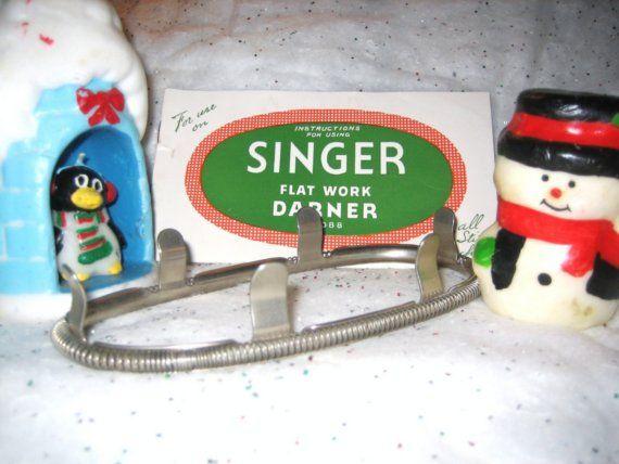 Vintage singer flat darner