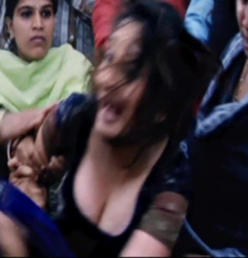 Madhuri dixit hot cleavage