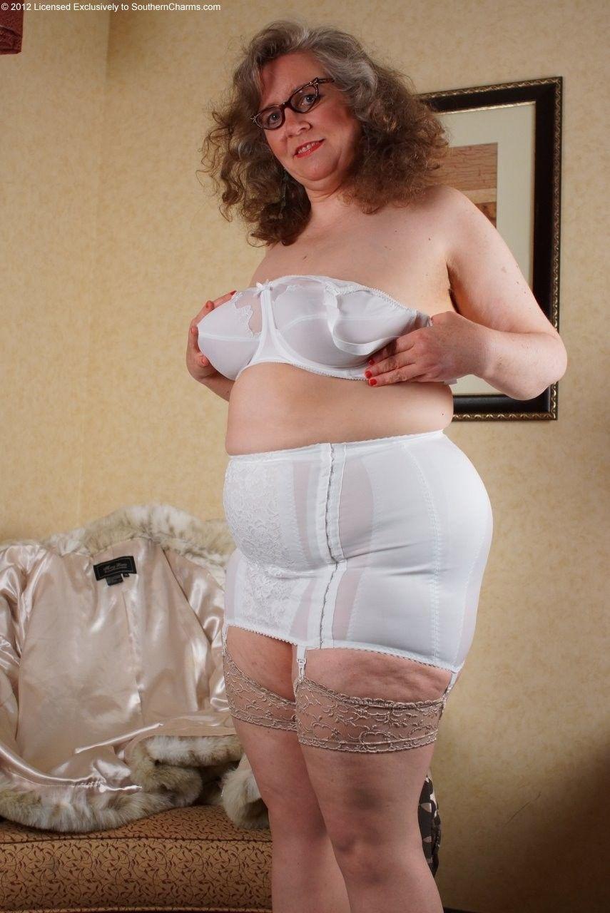 Bbw mature granny women in assorted lingerie