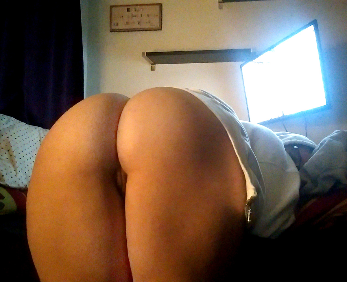 Bent over naked booty