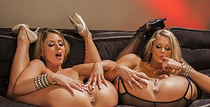 Open dir nude woman