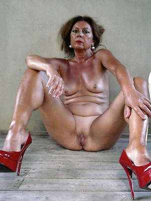 Skinny mature amateur wife in heels