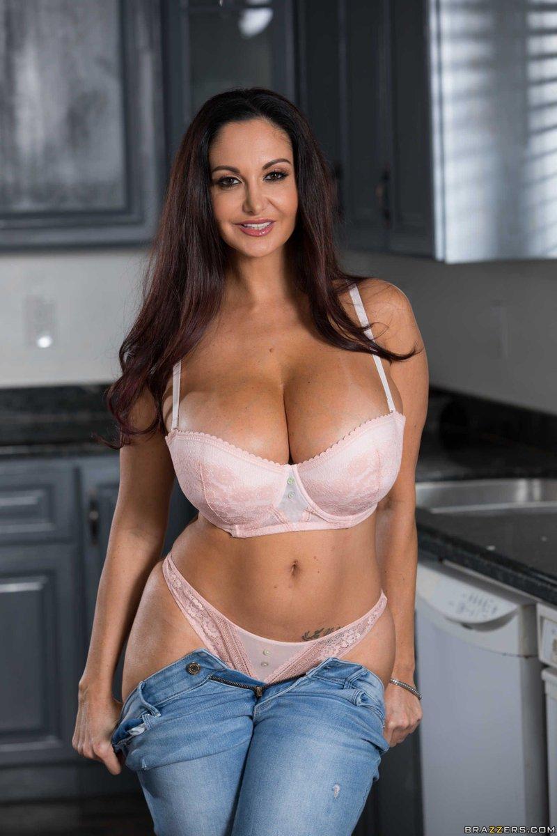 Top pornstar naked hot pussy
