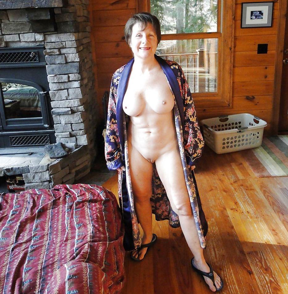 Older mature grannies nude